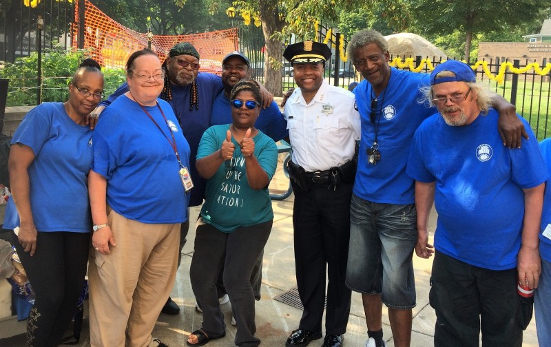 Acting Minneapolis Police Chief Medaria Arradondo with Project Lookout volunteers at 2017 National Night Out