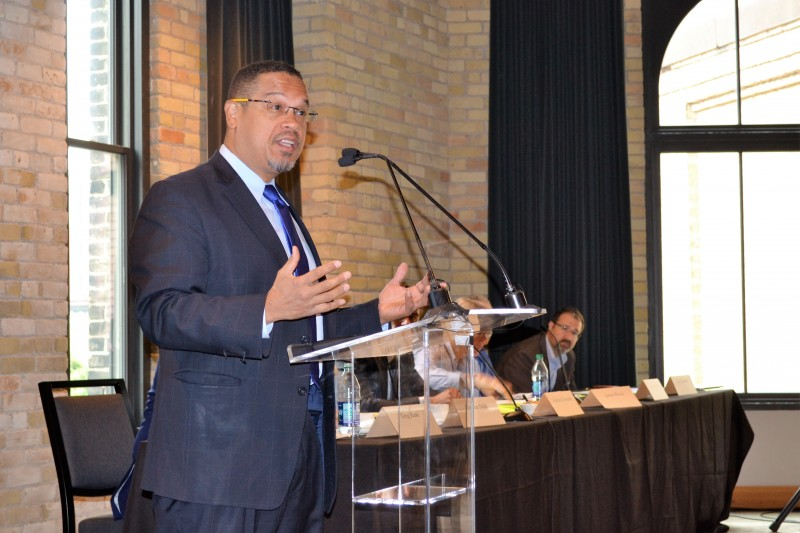 """Congressman Keith Ellison (D-MN) opens the first day of """"Thinking Locally, Solving Regionally"""" in August 2017"""