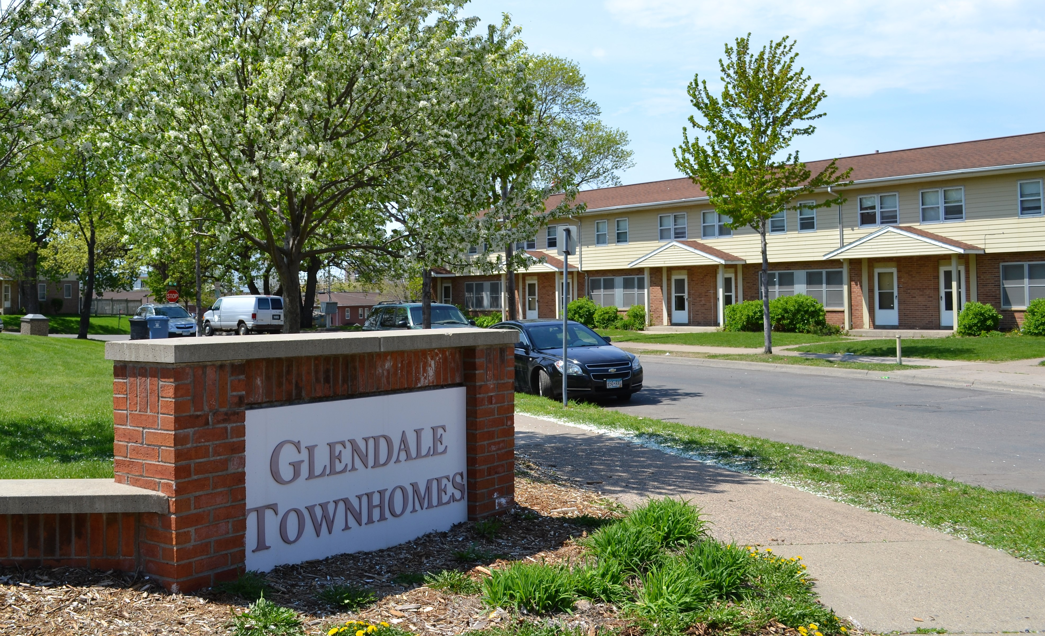Glendale Townhomes Entrance